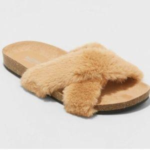 Women's Frannie Crossband Faux Fur Sandals #62-150